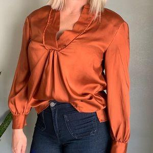 Like new burnt orange blouse